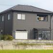 屋根葺きまし、外壁金属サイディング重ね貼り、風除室取付